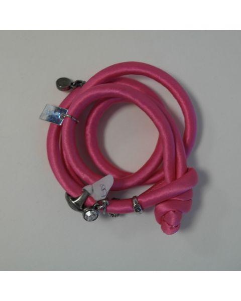 Radijz armband - zijde satijn roze met zilveren bedels - maat S